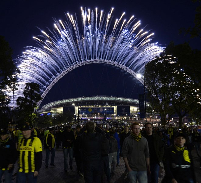 Pyrotechnics UEFA Champions League Final 2013 Wembley Stadium Arch pyro fireworks