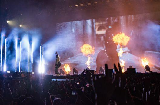 Pyrotechnics Flame Kendrick Lamar